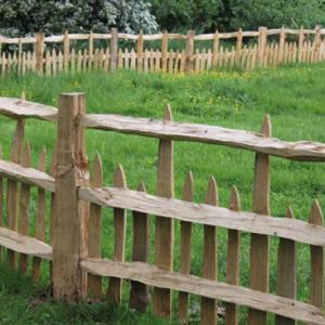 Cleft Chestnut Deer Estate Fencing